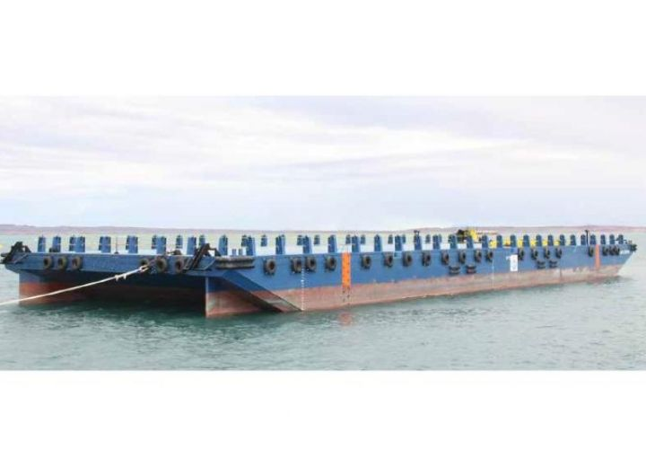 Commercial Boats For Sale - Dumb - Deck Cargo Barge 76 mtr