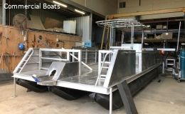 Tri Hull Pontoon Boat